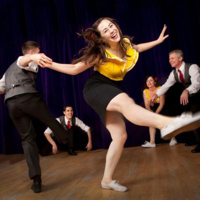 Cours de danse annecy stretching cardio danse danse for Danse de salon annecy
